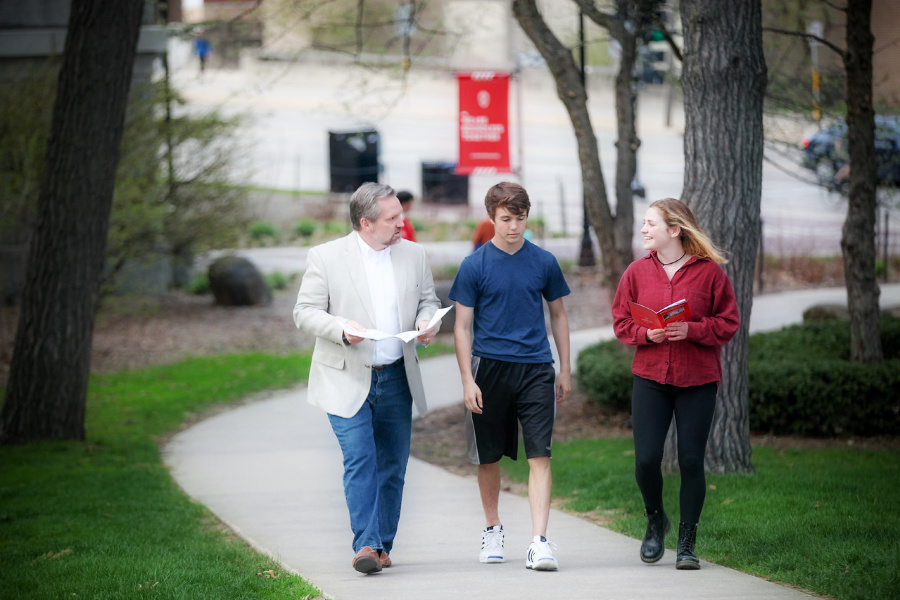 Add College Campus Visits to Your Spring Break Bucket List
